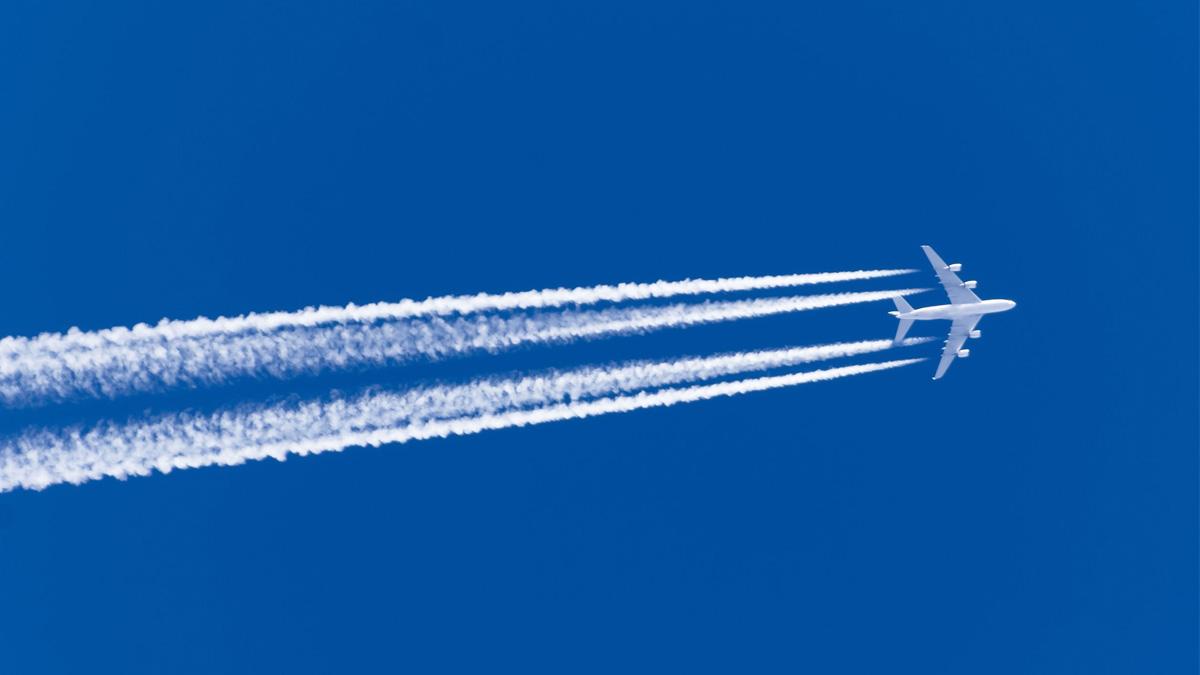 Les volets hypersustentateurs sont ces volets qui sortent de l'aile au décollage et à l'atterrissage des avions