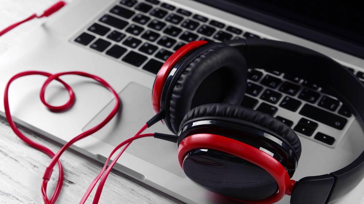 Métricas en audio digital: auriculares y ordenador